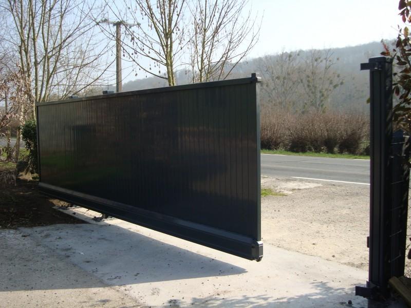 Assez Portail Aluminium Coulissant grandes dimensions - Clôtures Bataille XU63